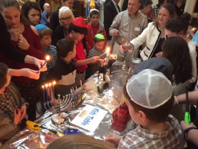 Nightof100Menorahs20172_1